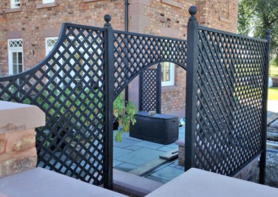 fergusson-joinery-designer-fencing-image-1